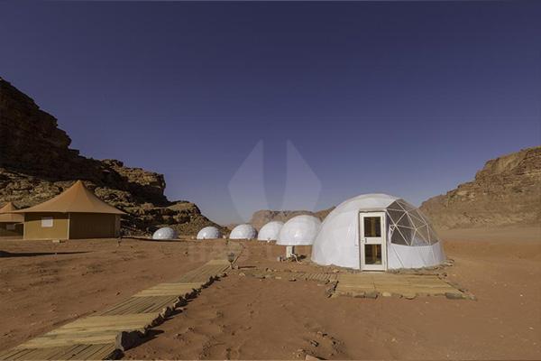 中东沙漠野奢酒店帐篷